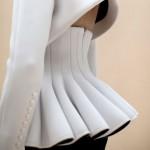 Самые красивые модели женских пиджаков и жакетов с баской на фото