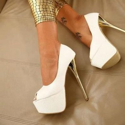 белые туфли лодочки