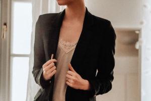 строгий черный пиджак женский