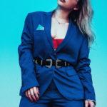 Самые модные женские синие пиджаки для настоящих модниц