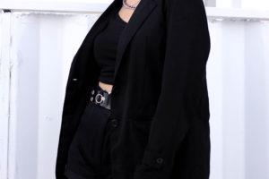 длинный черный пиджак