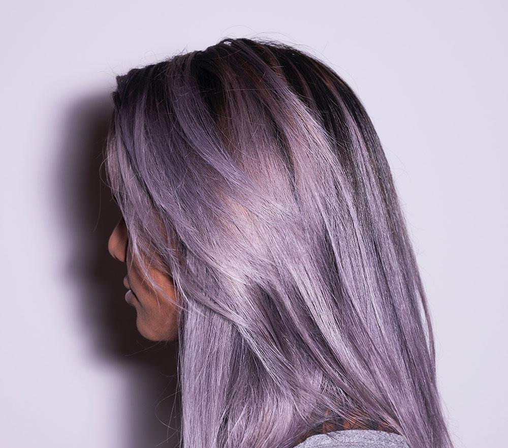 яркие прямые волосы